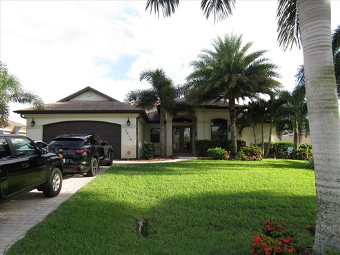 Photo of 2514 SW 37th St, Cape Coral, FL 33914