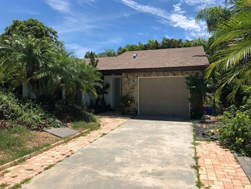 Photo of 170 10th Court, Vero Beach, FL 32962