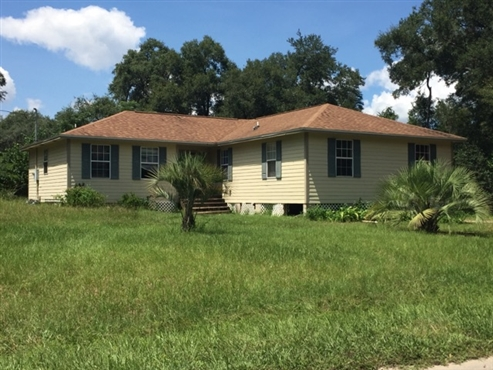 Photo of 140 Putnam Loop Road, Melrose, FL 32666