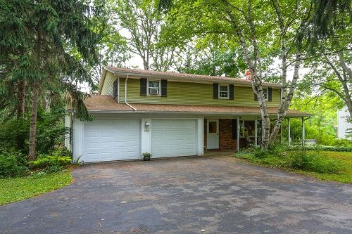 Photo of 130 Creek Road, East Aurora, NY 14052