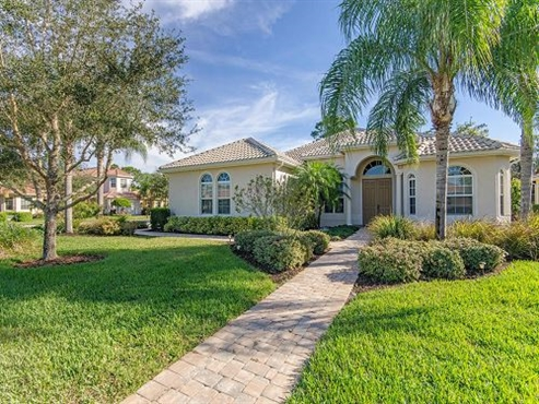 Photo of 400 Cypress Way W, Naples, FL 34110