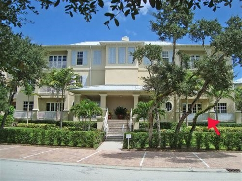 Photo of 104 Island Plantation Terrace #104, Vero Beach, FL 32963