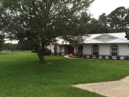 Photo of 9230 Vinewood Court, Sebring, FL 33875