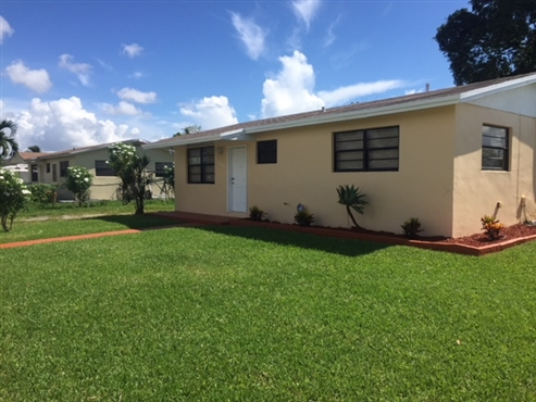 Photo of 19721 SW 114 Court, Miami, FL 33157