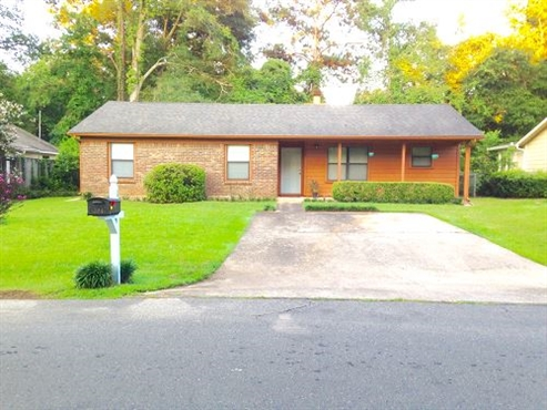 Photo of 119 Dawn Lauren Lane, Tallahassee, FL 32301